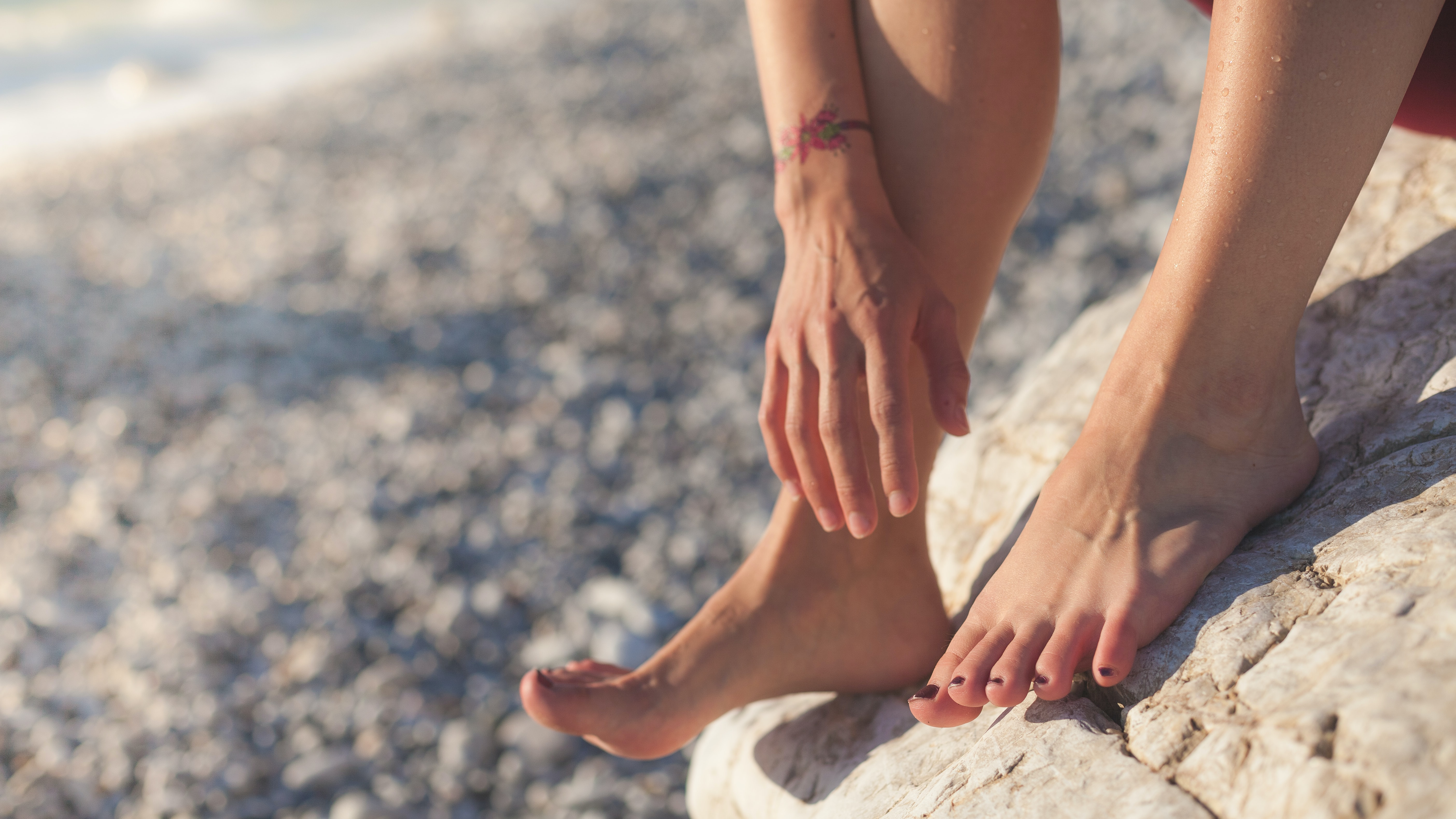 ankle and wrist joint pain